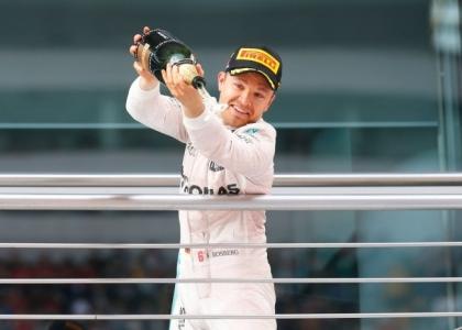 F1, GP Giappone: tripudio Rosberg, la Ferrari sbaglia strategia