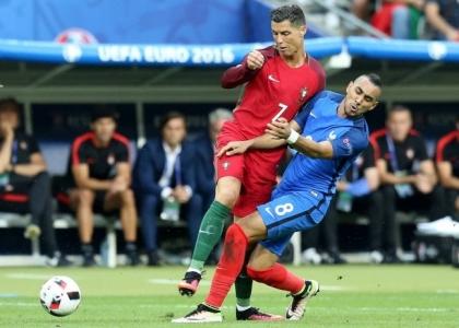 Euro 2016: Cristiano Ronaldo ko, esce in lacrime