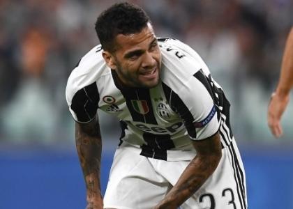 Juventus: emergenza difesa, Bonucci e Dani Alves out due mesi