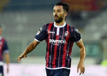 Serie A: urlo Crotone, vittoria d'oro col Pescara