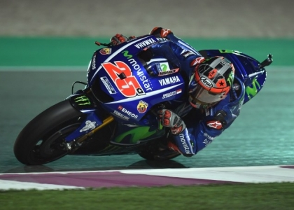 MotoGP, Qatar: Vinales trionfa davanti a Dovizioso, Rossi è terzo