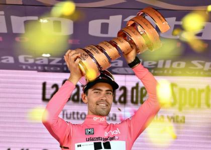 Giro 2017, 21a tappa: tripudio Dumoulin, la maglia rosa è sua