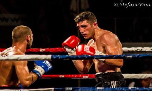 Boxe: beffa europea in Francia per Fiordigiglio