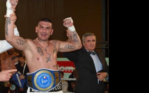 Boxe: Di Berardino nuovo tricolore massimi, Tuiach out in due round