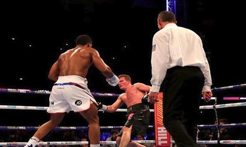 Boxe, a Wembley in 90.000 per Joshua-Povetkin. Pugni nel mondo e carrellata italiana