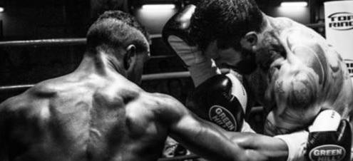 Boxe: Lepei fulmina Marongiu al secondo round a Prato – Successi dei locali Papasidero, Scalia, Lenti e Ferramosca