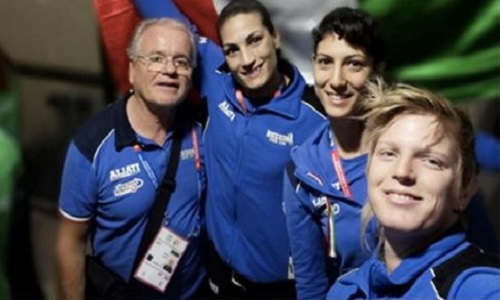 Boxe: scattano oggi i mondiali femminili con 9 azzurre