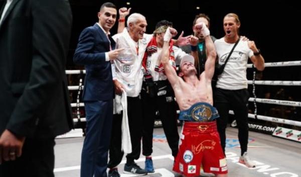 Boxe - A Trento prima sconfitta con onore di Turchi. Signani conquista l'europeo medi, capolavoro di Grandelli