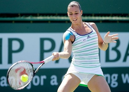 Wta Indian Wells: Pennetta soffre ma vince