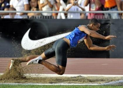 Atletica, Howe ko: rottura del tendine d'Achille