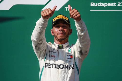 F1, Gp Abu Dhabi: vince Hamilton, Vettel è 2°, Kimi ko