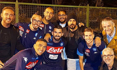 Festa per il Napoli: i complimenti arrivano anche da Totti e dagli attori di Gomorra