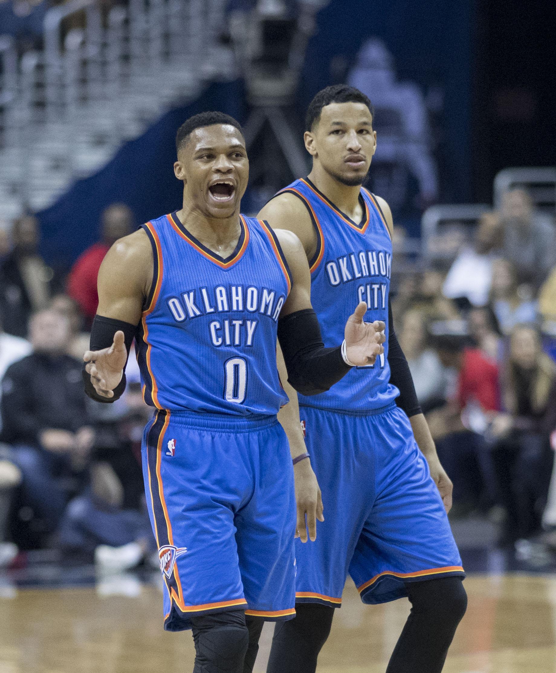 NBA, CLAMOROSO: scambio Westbrook-Chris Paul