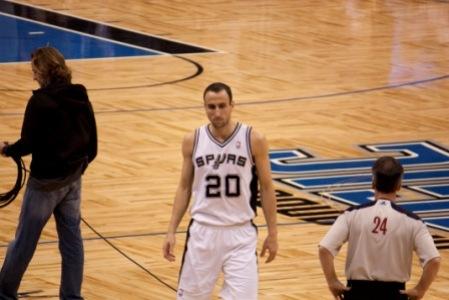 NBA: Ginobili ferma Boston, i Cavs cadono contro Indiana