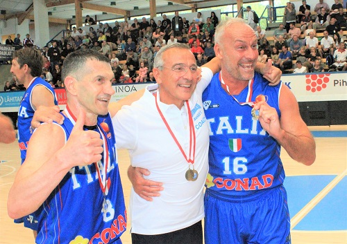 Mondiali Maxi - Lino Lardo, esordio mondiale con due ori