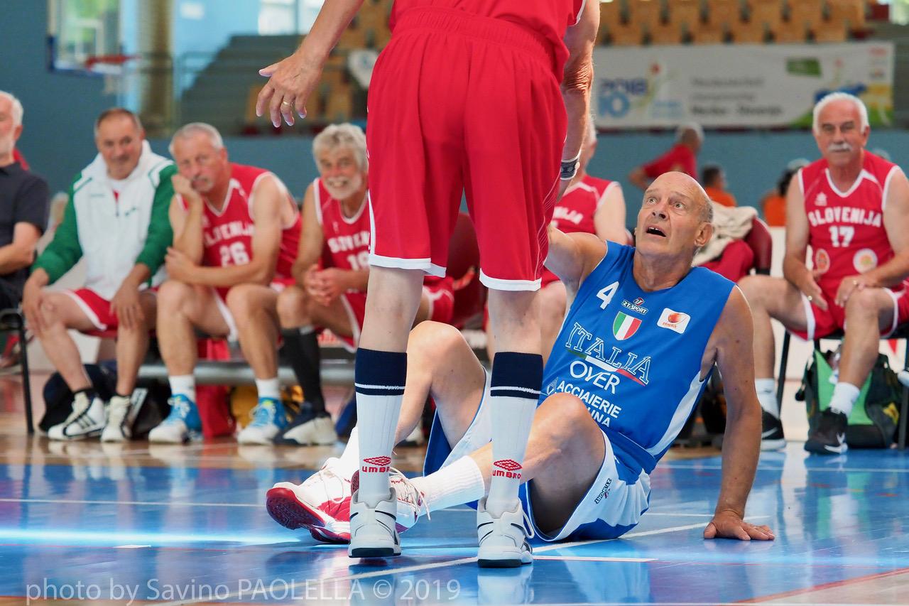"Azzurri Maxibasket - Largo ai ""veci"" Over 75"