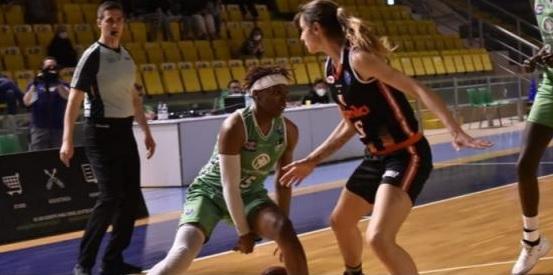Basket - Schio sbanca Ragusa in gara-1