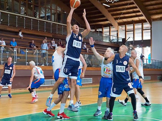 Maxibasket – Milano sfida in finale il Resto d'Italia
