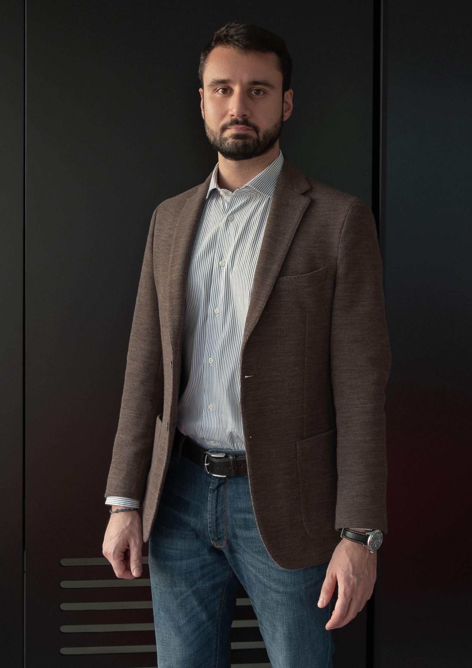 E-Sports - Cosmico scommette sul talento e diventa Sponsor unico del Vesta Calcio