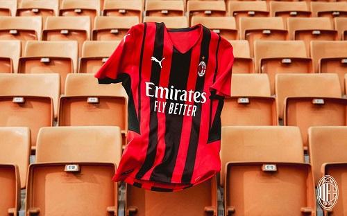 Puma presenta le nuove maglie del Milan per la stagione 21/22