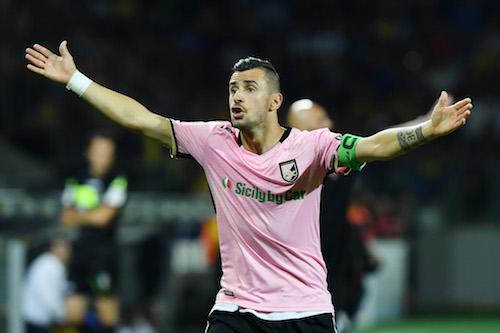 Serie B, Palermo-Benevento 0-0. Bucchi ferma Stellone