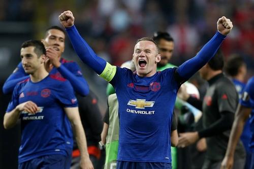 Premier League, Rooney lascia l'Inghilterra e vola in America