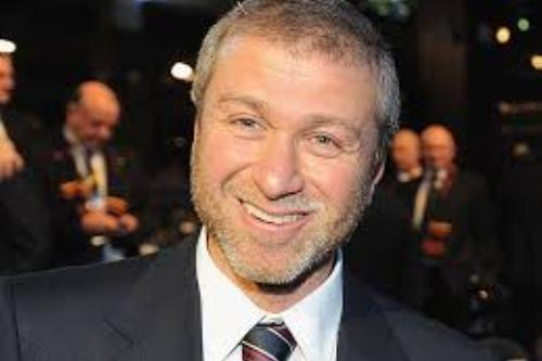 Chelsea, Abramovich resta o vende?