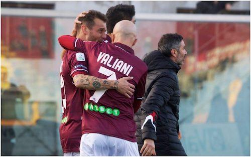 Serie B, Diamanti stende il Foggia. 0-0 tra Cremonese e Cittadella