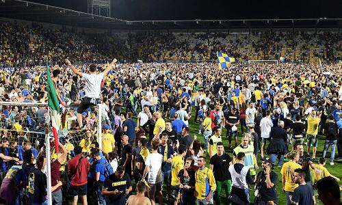 Maiello-Ciano, il Frosinone è in Serie A: Palermo sconfitto 2-0