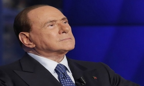 Berlusconi clamoroso:
