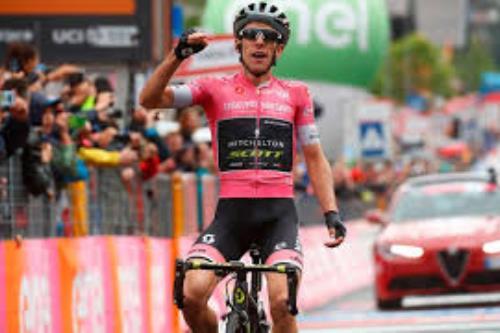 Tour de France: penalità per Alaphilippe, Yates in giallo