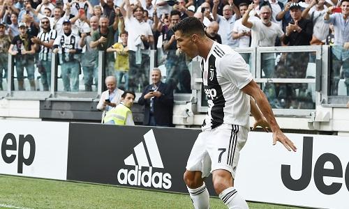 Juventus: finalmente Ronaldo, doppietta al Sassuolo