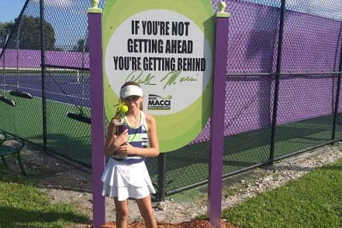 Tennis, Asia Sundas vincitrice del torneo under 12 in Florida