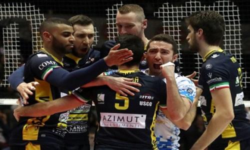 Volley superlega modena aggancia perugia in vetta for Casa modena volley